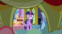 Twilight nervously leaving the room S8E24