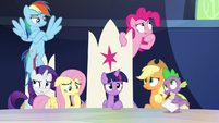 Mane Six and Spike in surprising thought S9E1