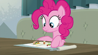Pinkie Pie staring at her food S6E12