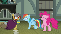 """Rainbow Dash """"hundred that know you're a hero!"""" S7E18"""