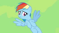 Rainbow Dash hesitating S4E04