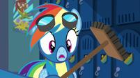 Soarin presents Rainbow with a broom S6E7