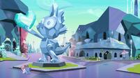 Statue square in the Crystal Empire S8E8