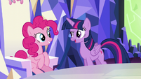 """Twilight """"we're gonna have fun today!"""" S5E22"""