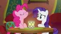Pinkie sniffing the air in The Tasty Treat S6E12