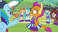 Rainbow pumping up the cheer squad S9E15