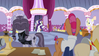 Rarity and contest judges return to the sewing room S7E9