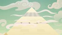 The Somnambulan pyramid S8E21