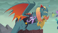 Torch watches Ember return S6E5