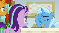 "Trixie ""the Great and Powerful Advice Giver"" S9E20"
