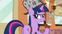 Twilight blowing more bubbles S2E24