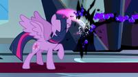 Twilight slices through Sombra's magic S9E2