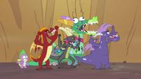 Dragons cheering 2 S2E21