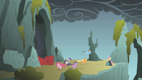 Fluttershy's unexpected appearance 2 S01E07