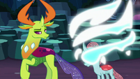 Ocellus changes from dragon to changeling S9E3