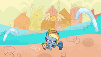 Rainbow Dash patting Smallfry's head PLS1E2a