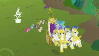 Returning to Canterlot S3E10