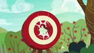 S06E18 Jabłko przebija tarczę