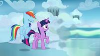 Sky Stinger speeds away from Twilight and Rainbow S6E24