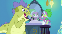 """Sludge singing """"then look at me"""" S8E24"""