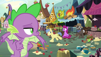 Spike observing Discord's chaos S9E23