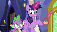 """Twilight Sparkle """"I just have to feed her"""" S7E3"""