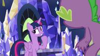 Twilight Sparkle -had to distract Thorax- S7E15
