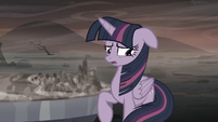 "Twilight ""I don't know why my friends and I are so important to Equestria"" S5E26"