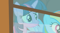 Twilight --they're getting awfully close to the train-- S01E21