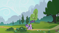 Twilight swats away parasprites with her tail S1E10