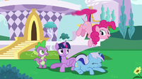 Pinkie Pie hovering with her tail S5E12