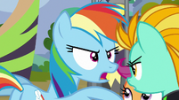 Rainbow Dash -finding the best flyers- S8E20