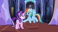 Rainbow Dash the chillaxing expert S6E21