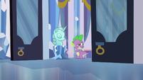Spike struggling to keep up S3E2