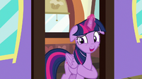 "Twilight ""not get hungry on the train"" S7E2"