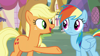 Applejack -all the things she can do well- S8E18