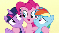 """Pinkie sings """"I'm just so happy you're here"""" S7E14"""
