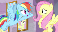 """Rainbow Dash """"what should she do?"""" MLPS3"""