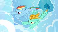 Rainbow Dash racing S3E07