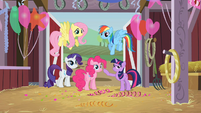 Setting out to find Applejack S2E14