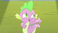 Spike starts singing poorly S4E24