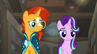 Sunburst notices Starlight Glimmer's disinterest S7E24