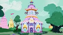 The Carousel Boutique S6E4