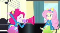 "Pinkie Pie shouting ""Jazz!"" SS4"