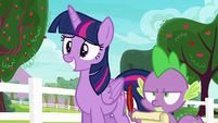 Spike taking notes while very annoyed S6E22