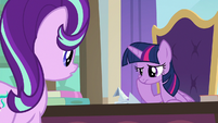 Twilight unable to make a paper swan S9E20