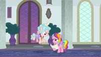 Cozy Glow greeting Rainbow Harmony S8E25