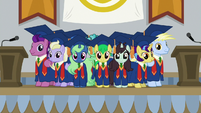 Ponies all wearing graduation gowns S8E16