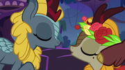 Kirin in musical about to kiss S8E23.png