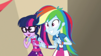 Twilight and Rainbow shaking their heads EGS2
